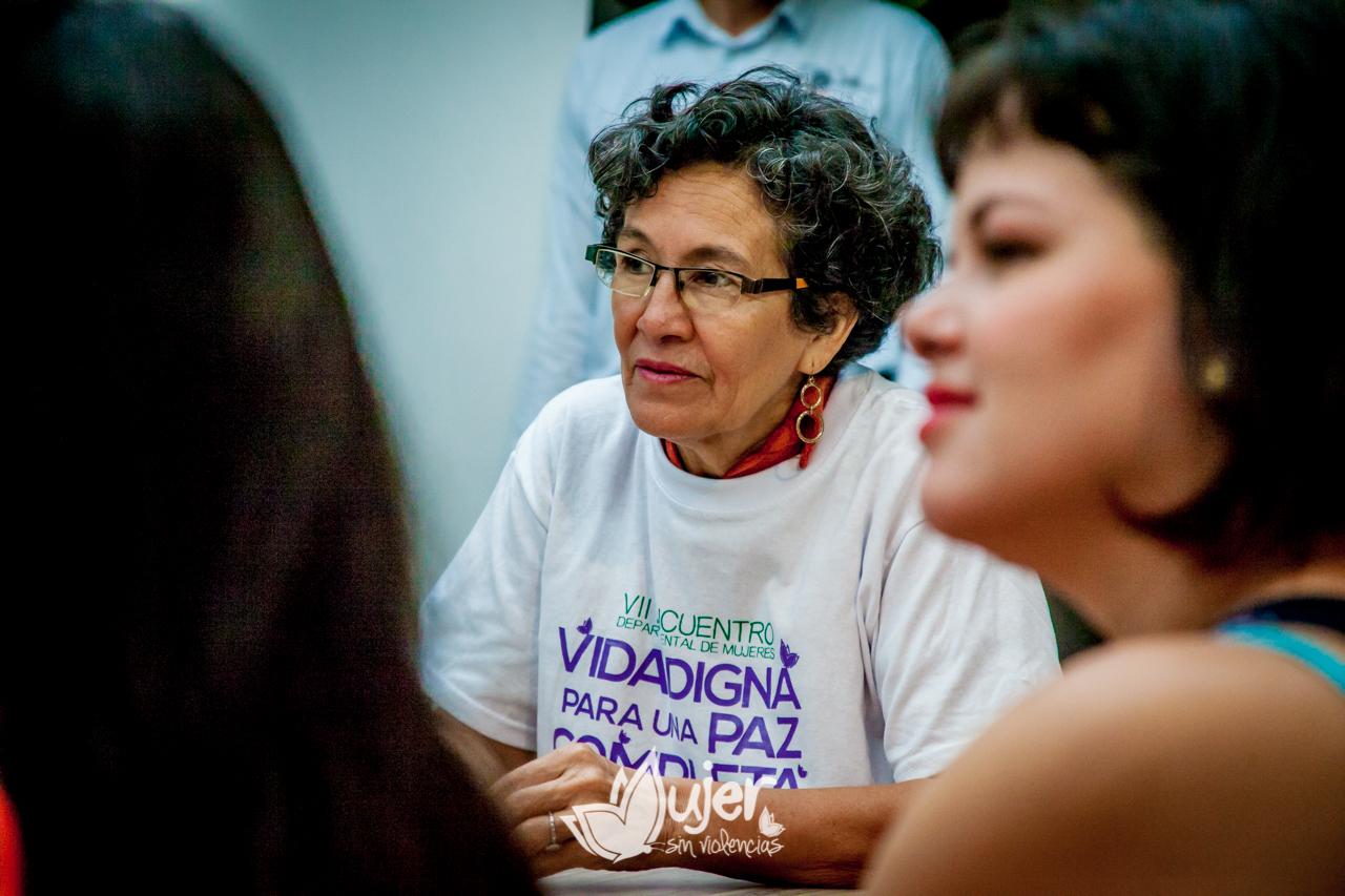 01-presentacion-encuentro-mujeres-2016-4018